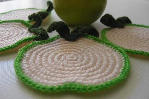 Green Apple Slice Cream Coasters . Beverage Drink Leaves Fruit Healthy Decor Crochet Fruit Collection - Set of 4