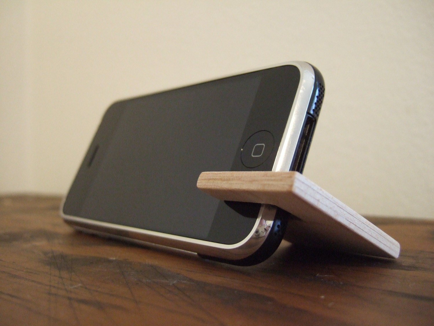 Mac And Tech Gifts Day 19 Handmade Wooden Iphone Stand