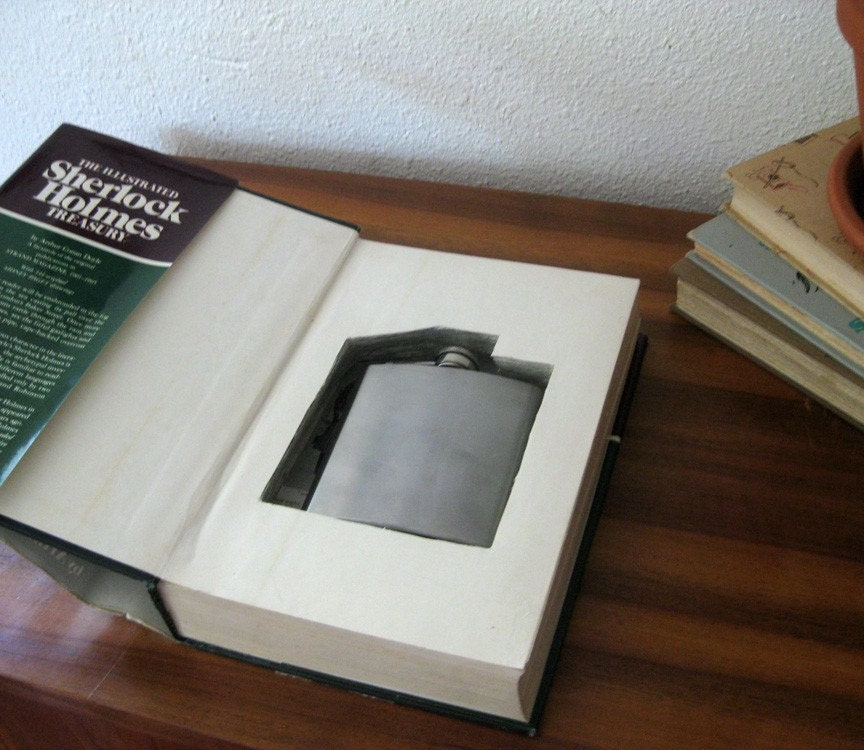 hollow book flask safe ''SHERLOCK HOLMES''