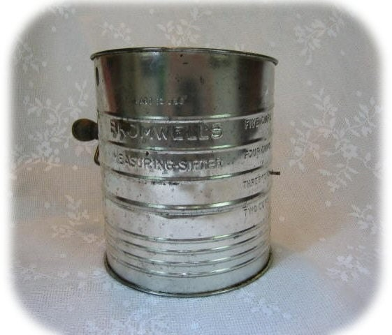 Vintage Bromwells Flour Sifter