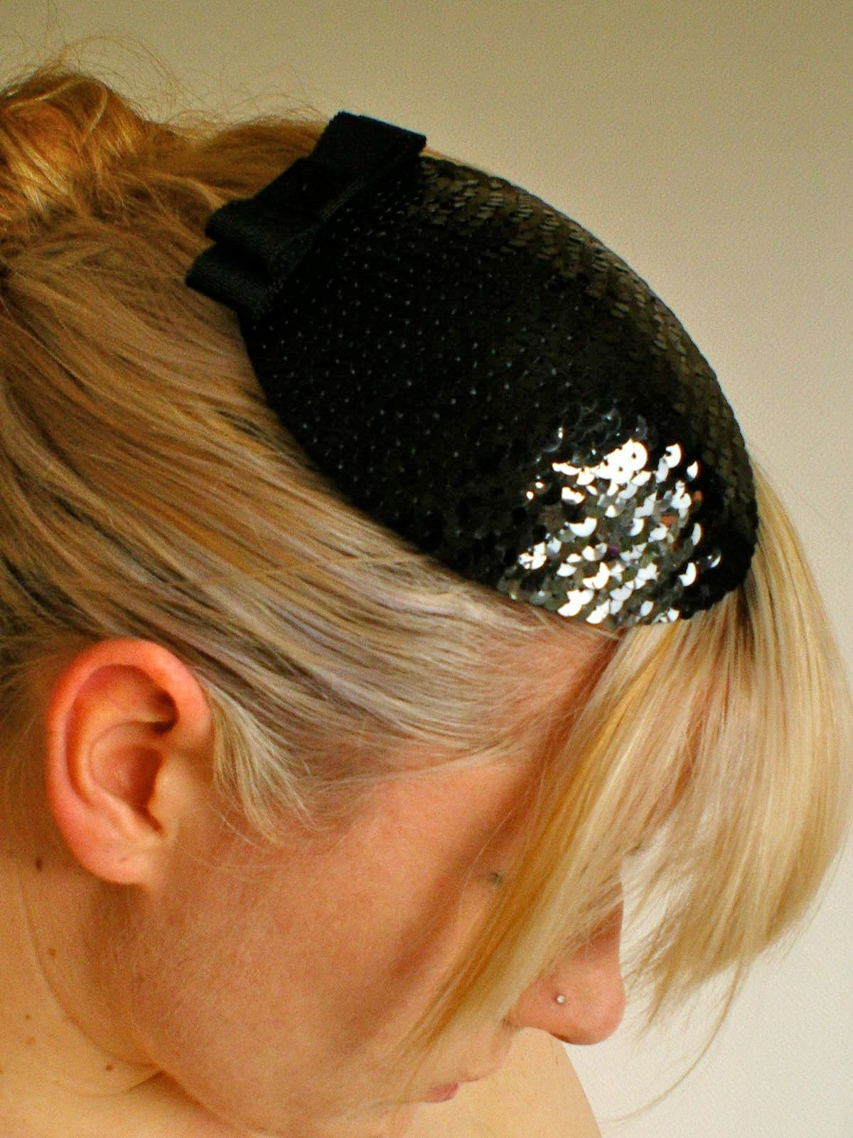 Paillette Noire- Black Sequined Fascinator