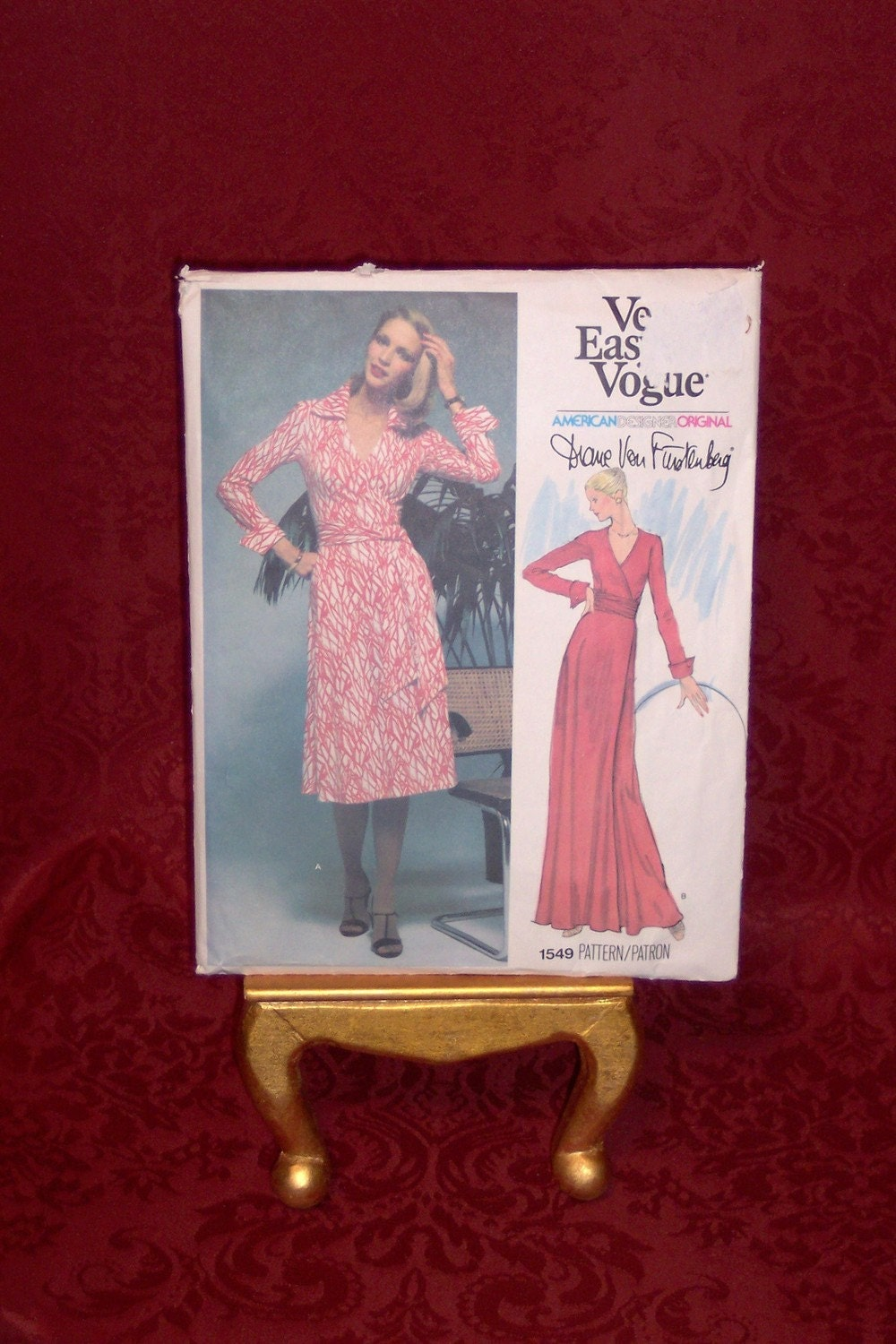 DIANE VON FURSTENBERG VOGUE PATTERN 1549  ICONIC WRAP DRESS