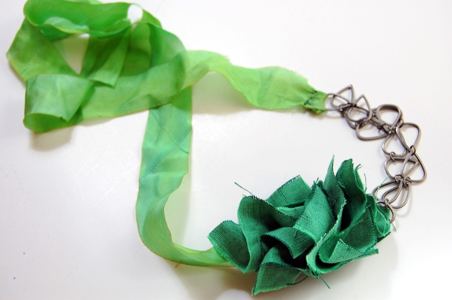 Flora Chain Necklace - Green Silk and Linen