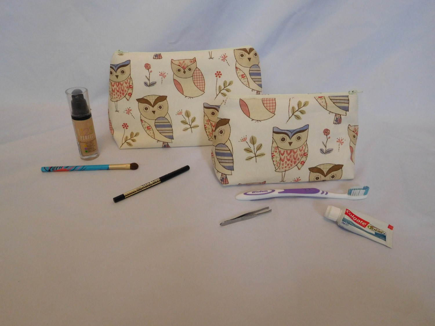 Set of 2 make up bag and toiletry bag wash bag travel kit beige lining large and small bag
