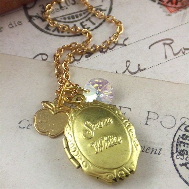 NEW Snow White Gold Tone Locket Necklace with Swarovski Crystal