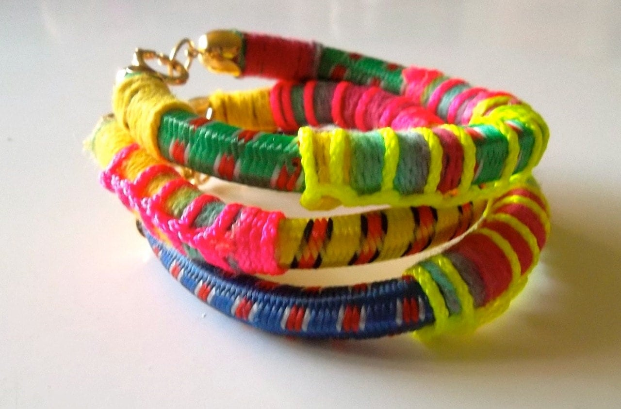 Set of 3 Bangles, Bungee Cord Bracelets with Neon Details and Gold Plated Findings