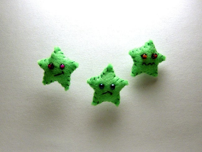 Green Felt Starlet star Ornaments cranky sad disgruntled NAUGHTY