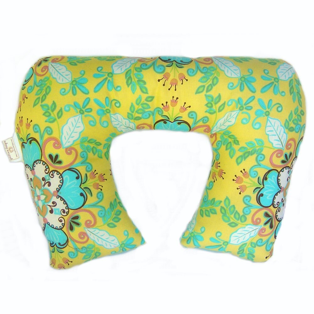 SunDrop - Luxury Lounge Wrap(tm)  Mommys Little Helper Womens Neck Pillow for Travel or Bed Retro Flowers
