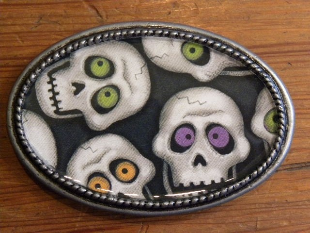 Halloween Sale 1/2 off Spooky Buckle Skull Heads on your Belt