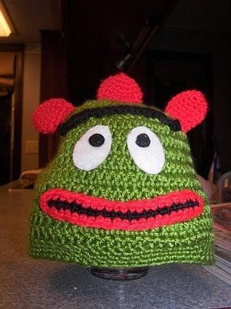 Easy Lacy Beanie Hat -- Free Crochet Pattern