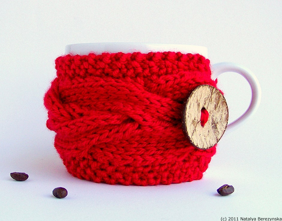 Christmas Red Cup Cozy - Coffee Cozy - Winter Santa Cranberry Holly Berry - natalya1905