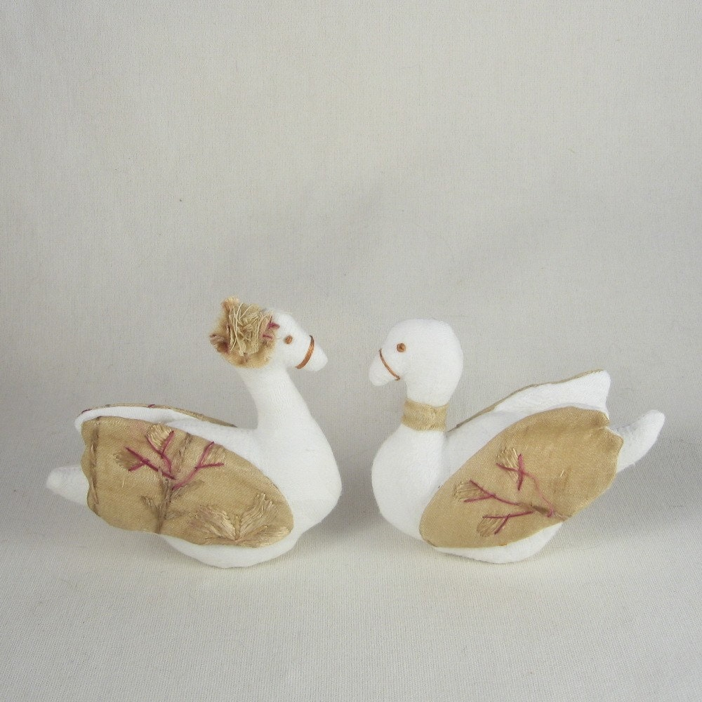 Mr And Mrs Swan Wedding Cake Toppers By Lapomme On Etsy