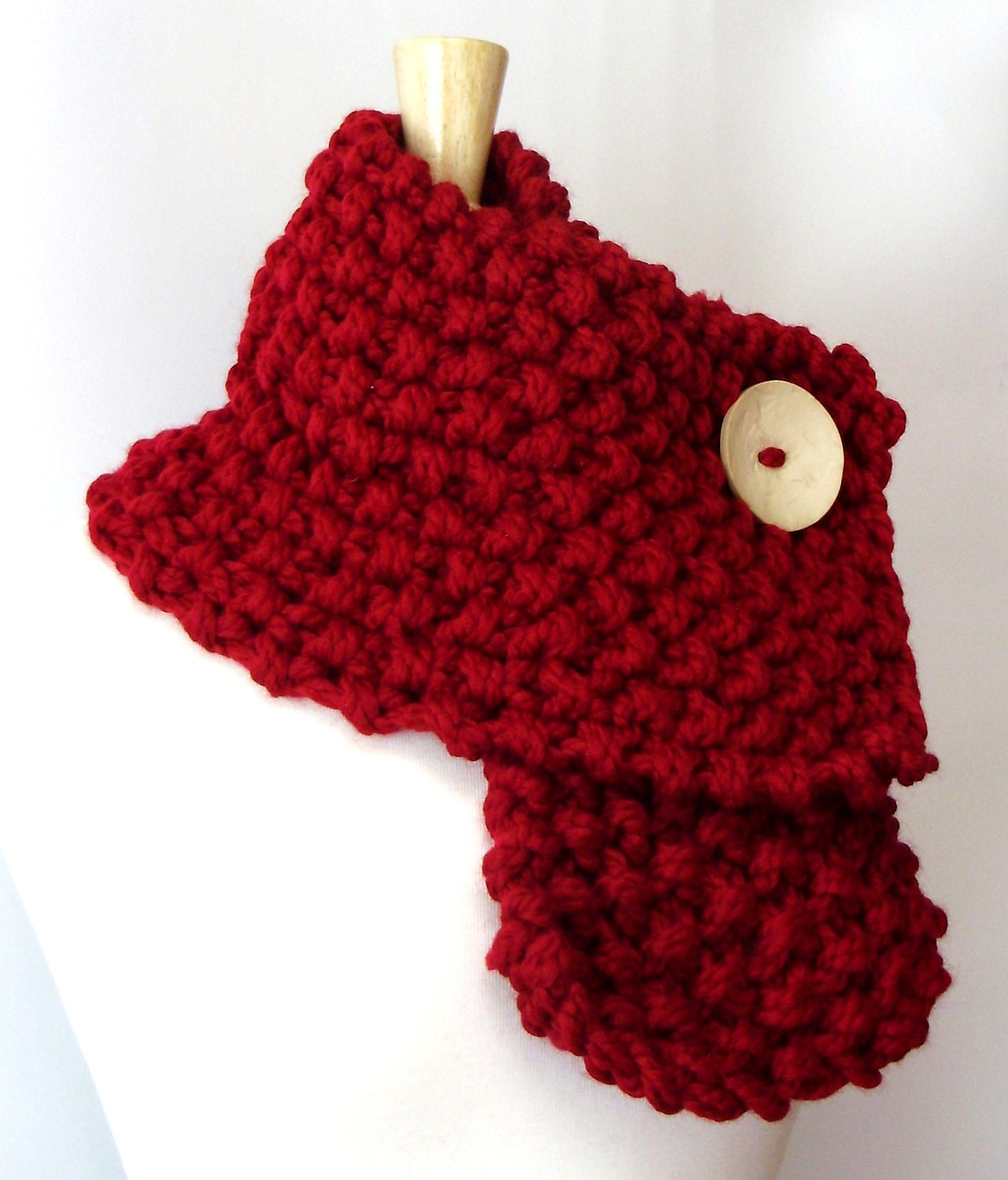 Cranberry Red Chunky Knit Popcorn Cowl Scarf