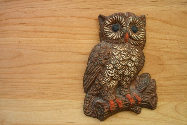 vintage owl wall decor