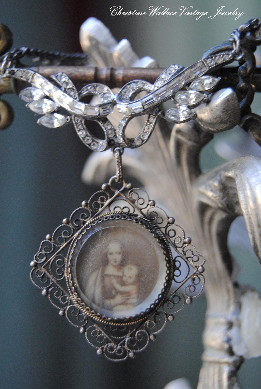 Зарезервировано для Ryturrismith - матери и ребенка - Vintage Сборка Серебряная филигрань Rhinestone стекло портрет ОЖЕРЕЛЬЕ