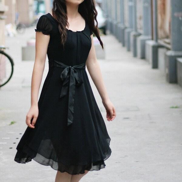 Round Neck Short Sleeve Dress