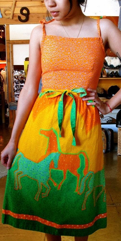 Sunburst of colors // Vintage 70s Horse patchwork Hippie Dress