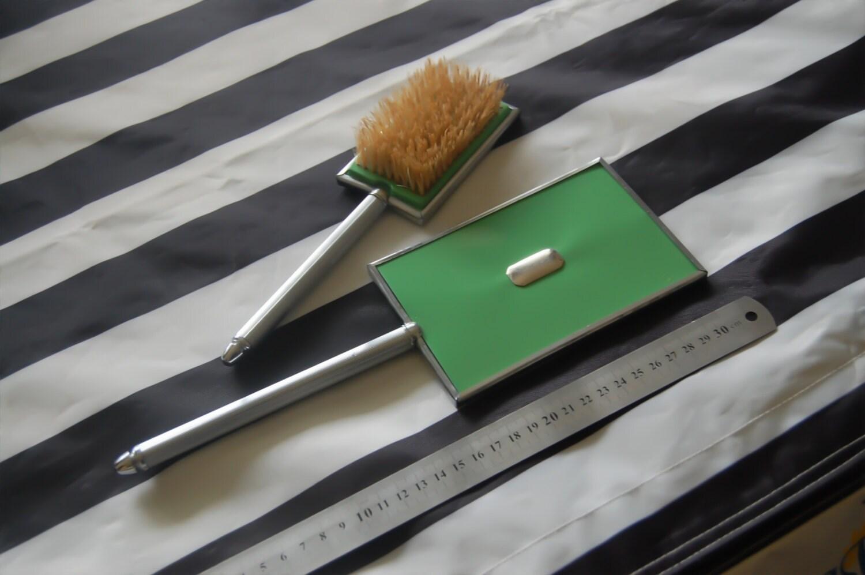 Antique Retro Green Hair Brush and Mirror Set - savanastore