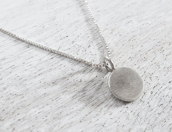 Sterling Silver Necklace with a Round Pendant  / Round Pendant / Round Charm / Sterling Silver Round Charm / Silver Charm Necklace - Basico