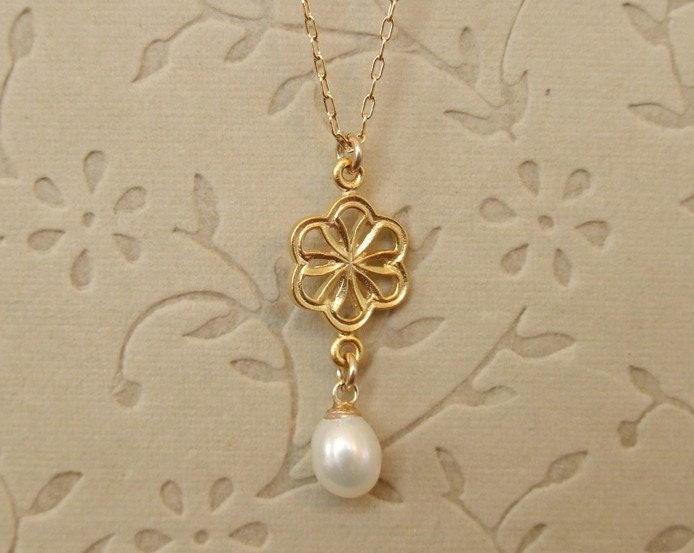 Golden Flower with white Pearl Necklace