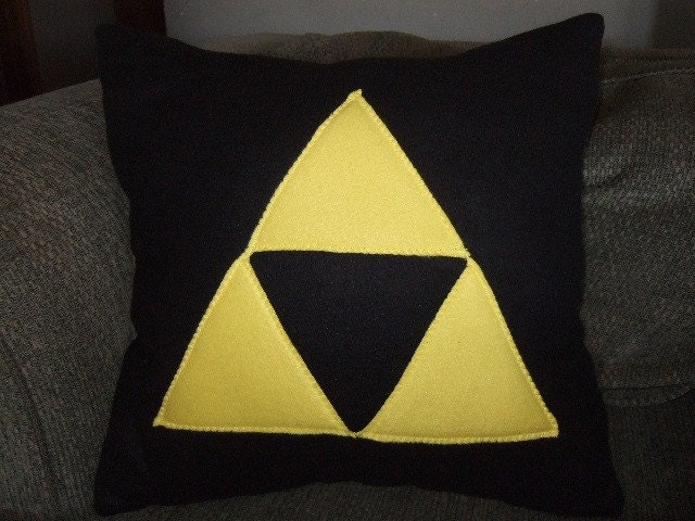Legend of Zelda Triforce Fleece Pillow - Black