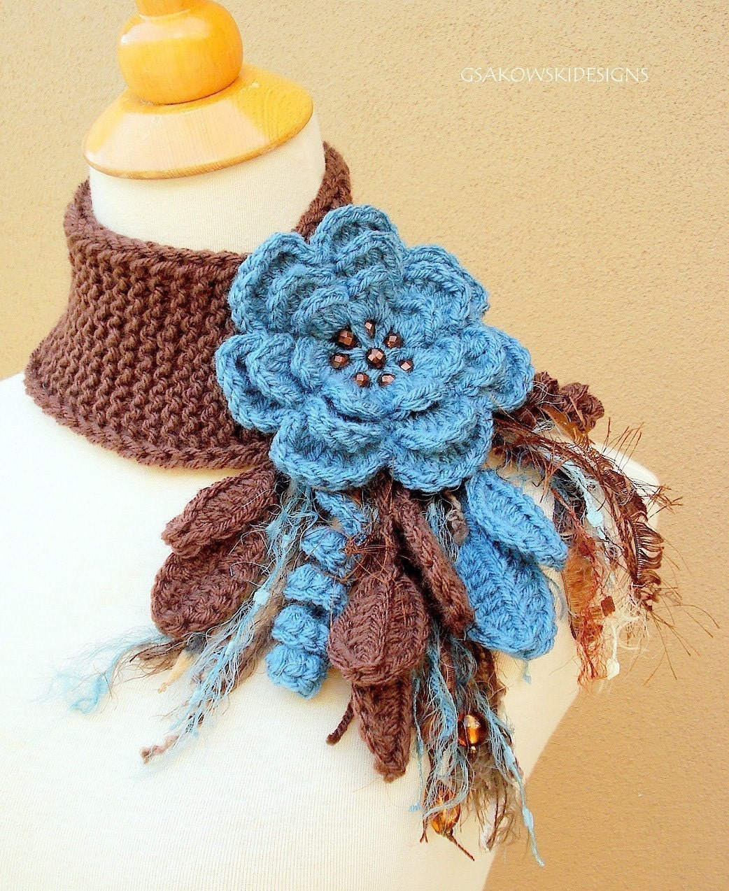 Antique Blue Flower Scarflette