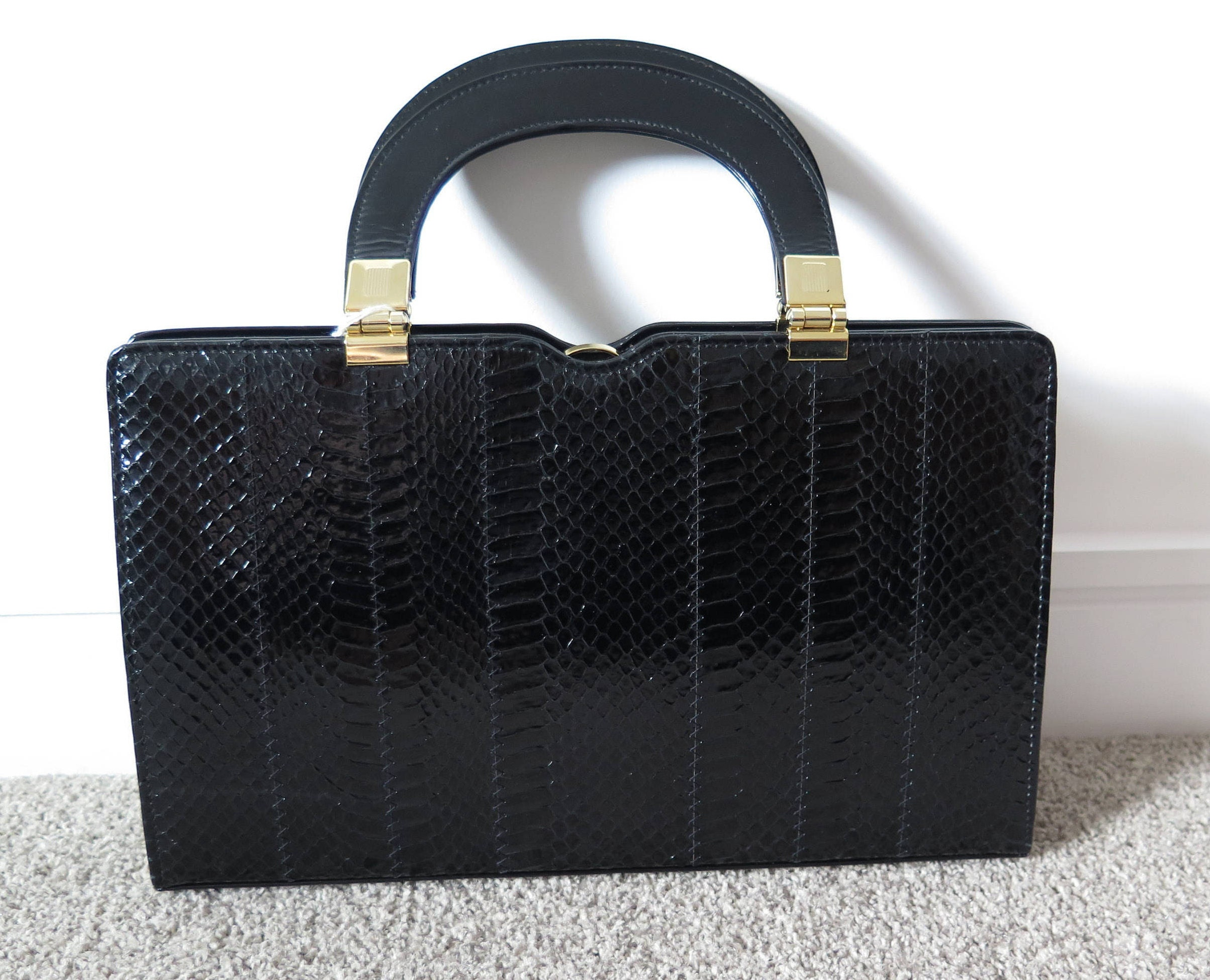 Vintage Ackery Black Python Skin And Leather Handbag With Detachable Shoulder Strap