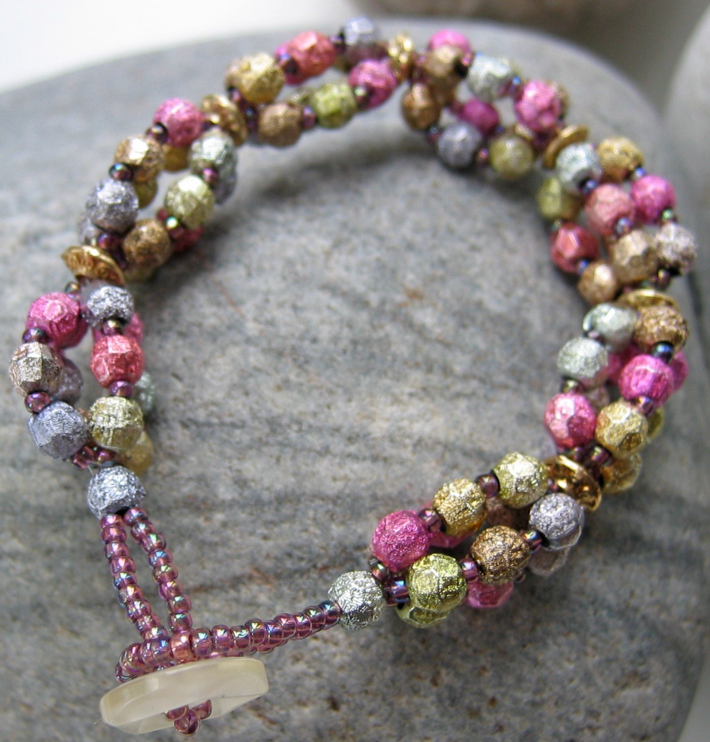 Pink and Gold Bead Bracelet  Japanese Seed Beads Vintage Button Fastener  OOAK