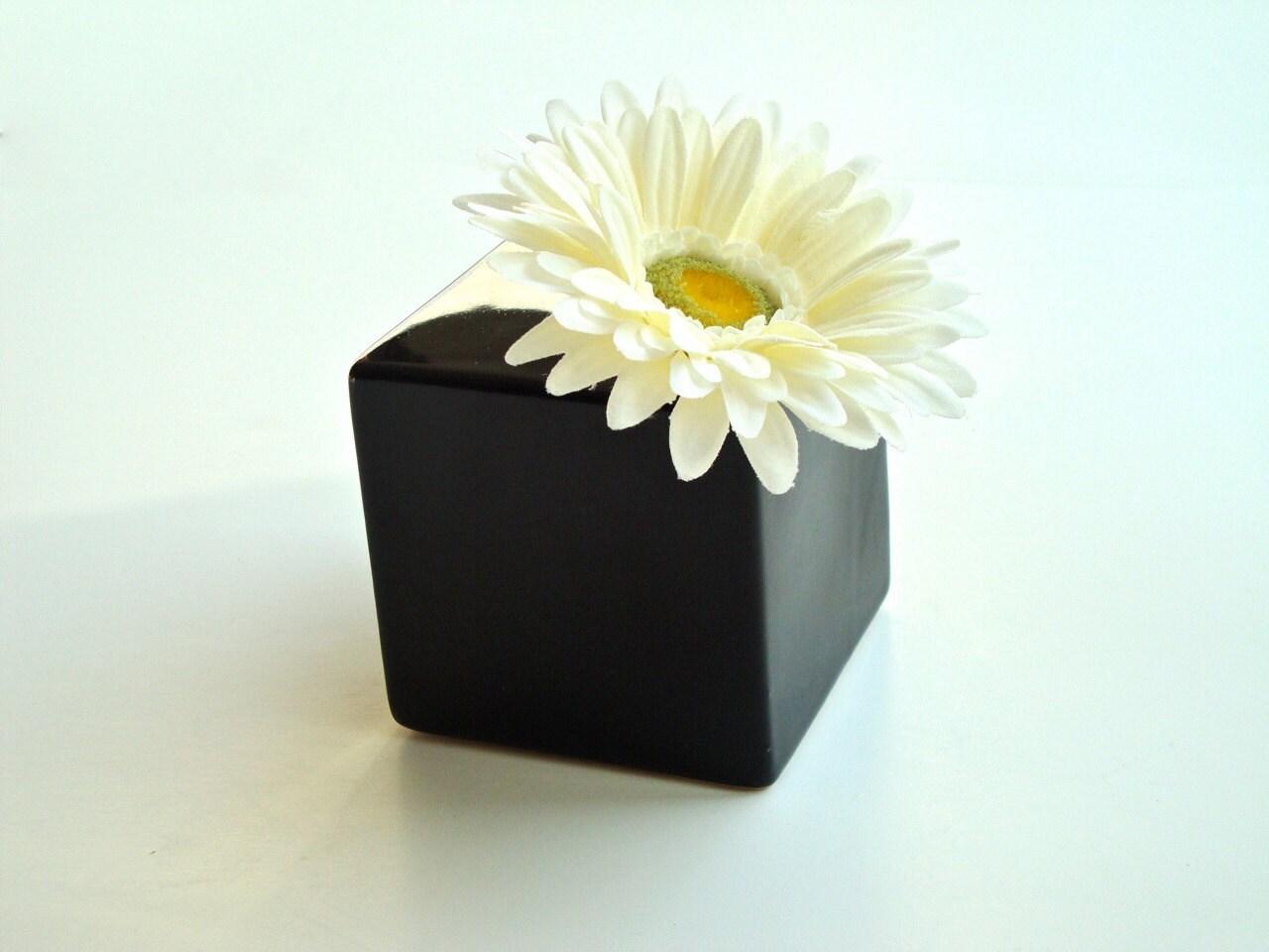 modern glossy black ceramic bud vase modern by egardenstudio. Black Bedroom Furniture Sets. Home Design Ideas