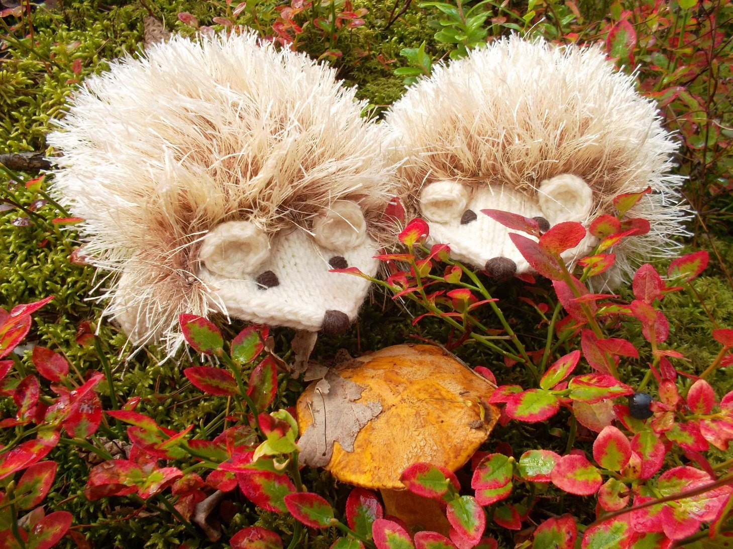 Cream White Hedgehog Mittens Gloves Children Baby Warm Cute Ready to ship - BacuJIucka