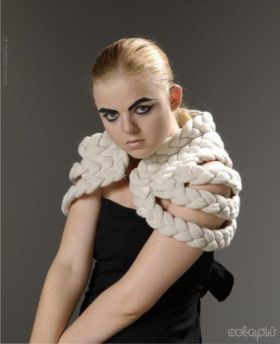 Плетеный Shrug