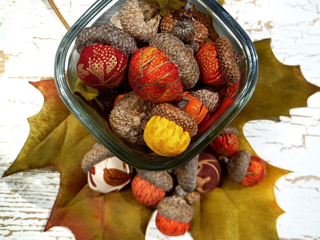 Fall Acorns - Set of 24 in Stunning Autumn Colors