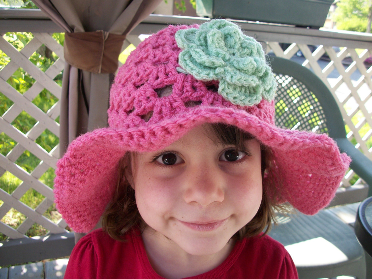 1-3 Years - White Summer Fling Sun Hat with Your Choice of 3 Detachable Flower Clips