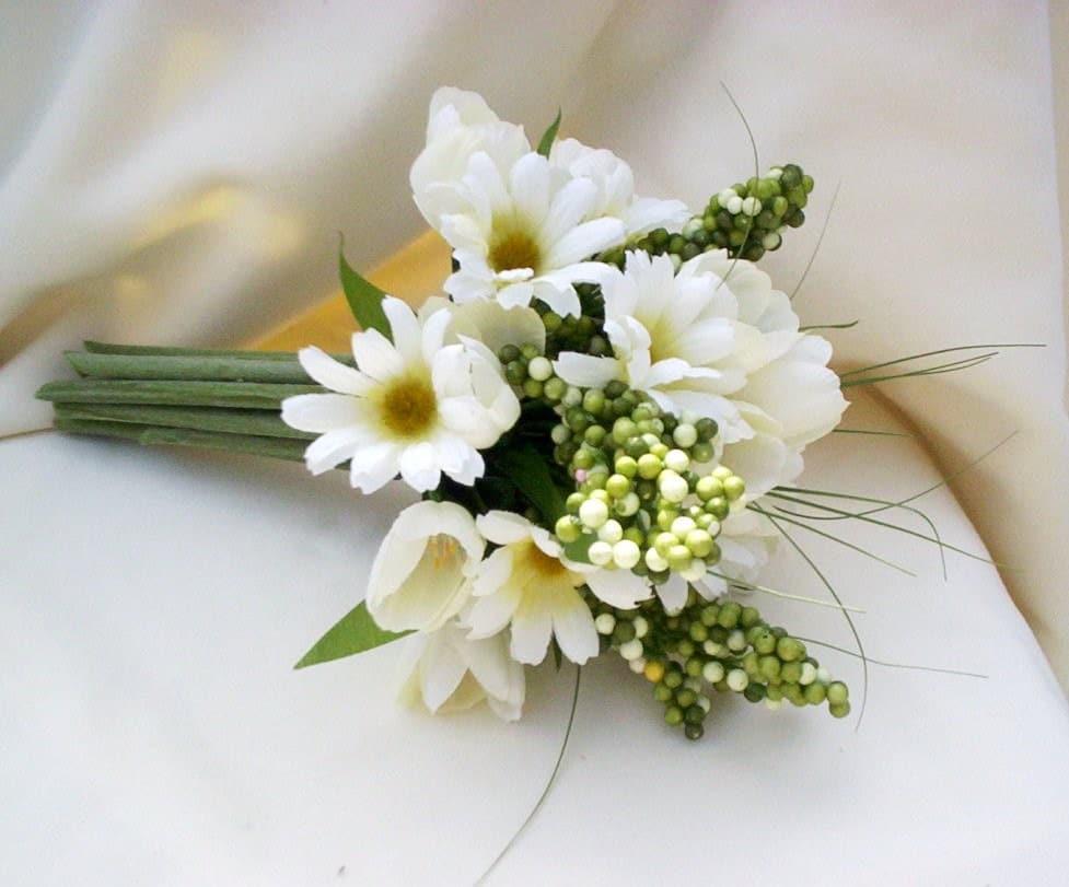 The Wedding Set: Wedding Flower Integral Part Of Any Wedding