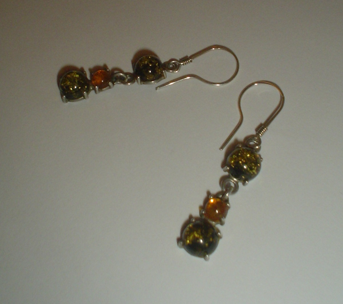 Silver earrings green and yellow amber sterling dangly dangle pierced ears vintage