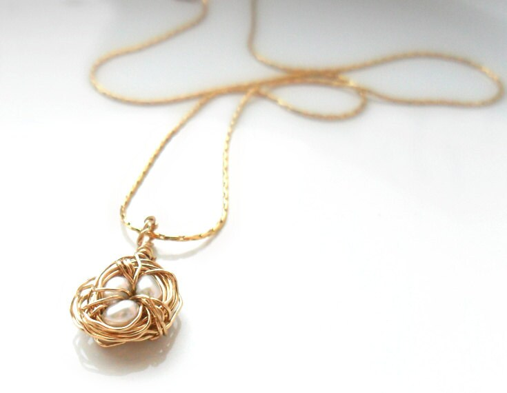 Tiny Bird's Nest  Simple Gold Necklace, 14K gold chain, wire wrapped nest with 3 fresh water pearls  everyday simple jewelry - Daniblu