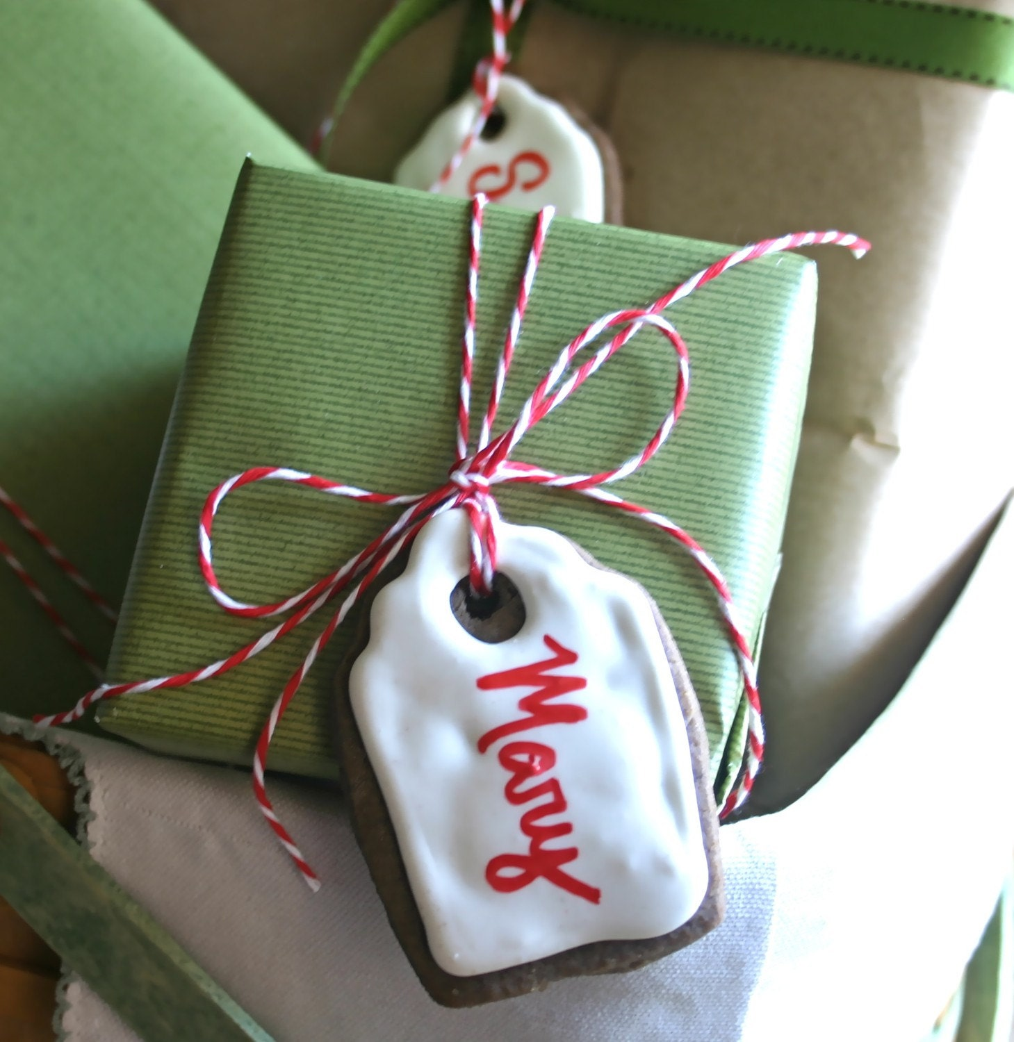 5 Organic Gingerbread Gift Tags with Edible Ink Writer PRE-ORDER BY 1ST WEEK OF DEC.