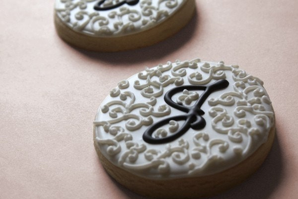 Hand Decorated Swirl Monogram Sugar Cookies // Wedding Favors // Bridal Shower // 3.75 EACH