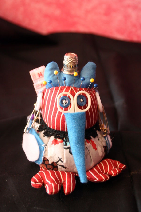 Red White and Blue Sewphie the Sewing Bird