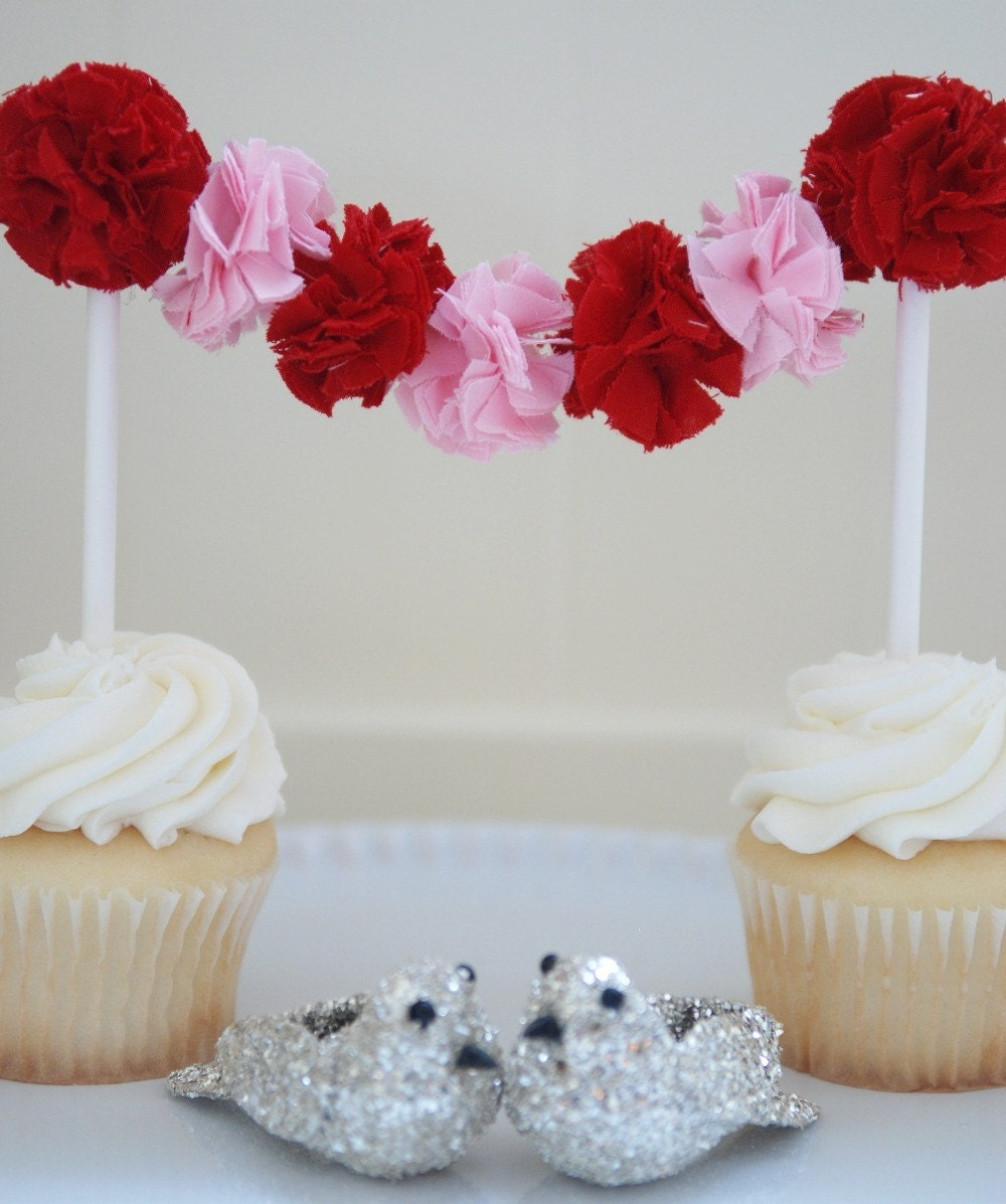 LOVE Cake Garland (Red and Pink)