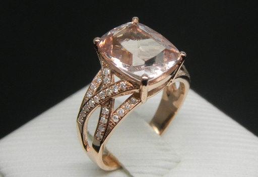 Items similar to Engagement Ring 3 Carat Morganite Ring With Diamonds In 14