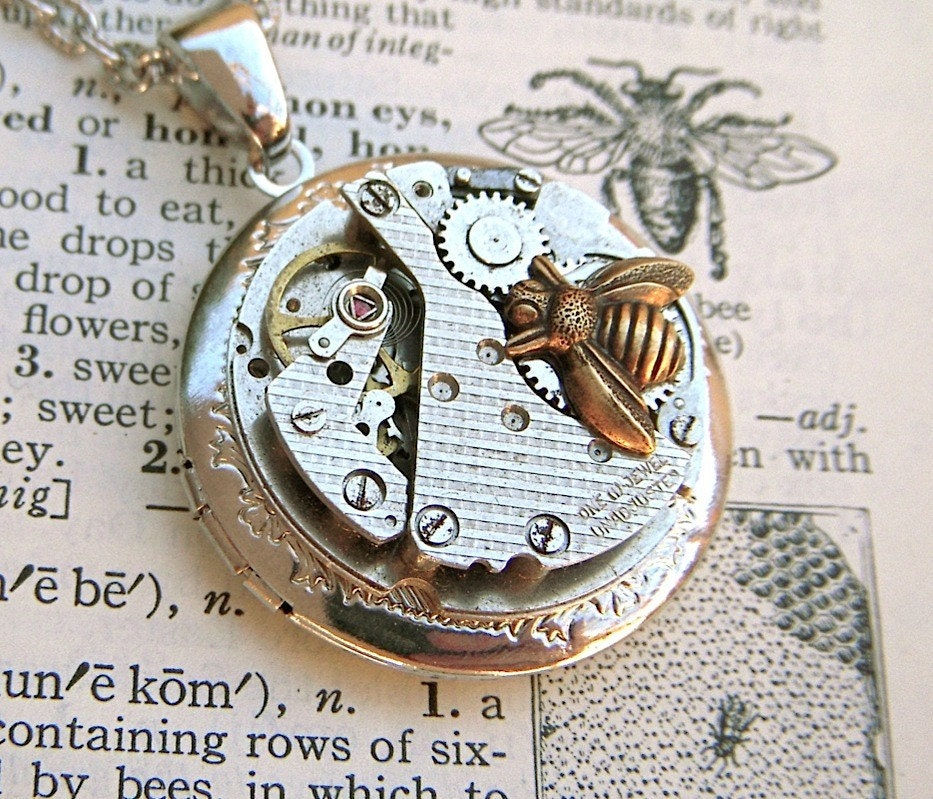 Steampunk Locket Necklace Honey BEE & HONEYCOMB Pattern Round Vintage Watch Movement Mixed Metals Locket Pendant From Cosmic Firefly Las Vegas