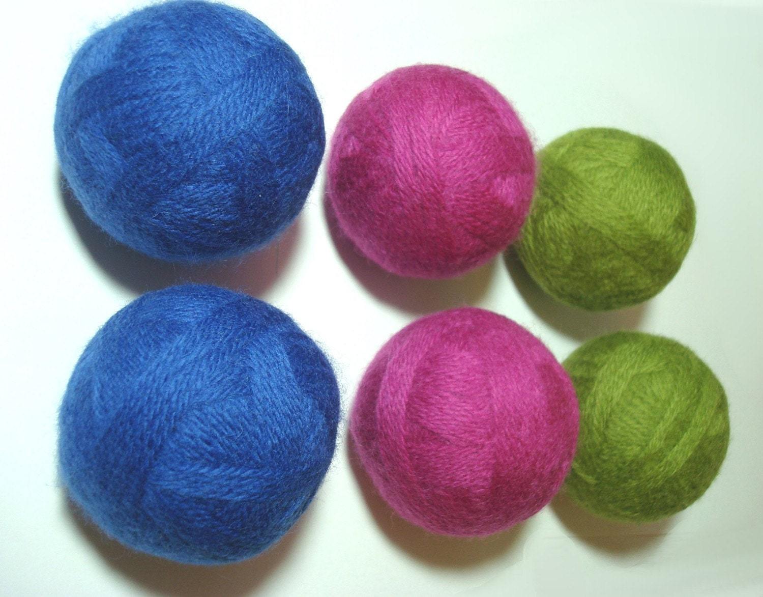 Eco Friendly Set of 6 Wool Dryer Balls, 2 Blue, 2 Pink, and 2 Green, Energy Saver, Laundry, Felted