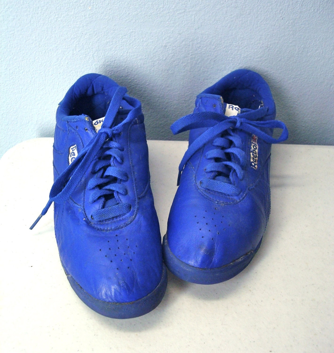 1980s reebok shoes royal blue 80s tennis shoes by