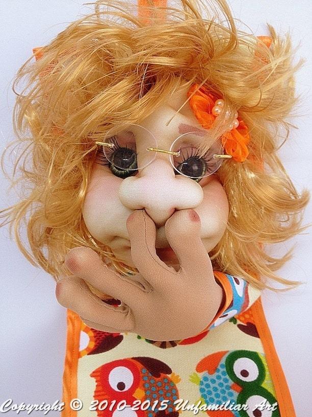 Сшить держатель в виде куклы для туалетной бумаги 28