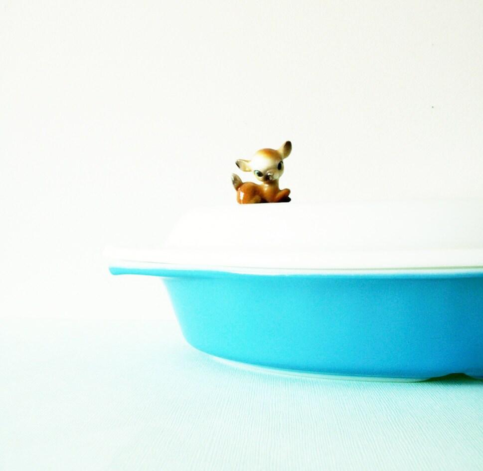 Vintage Blue Pyrex Dish with Snowflake Lid - AmeliaBedeliaVintage