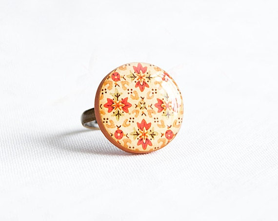Adjustable orange ring, boho style, round bright ring - Lepun