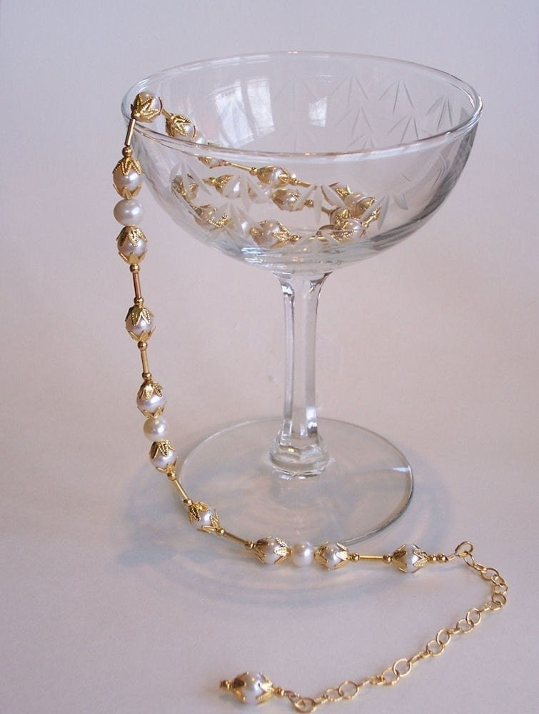Delicate Gold and Pearl Necklace