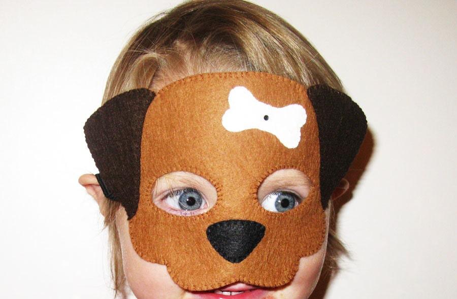 ΄Ένα σκυλάκι με γαλανά μάτια...