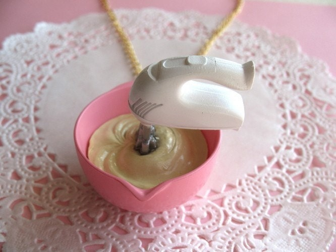 Baking A Cake Necklace